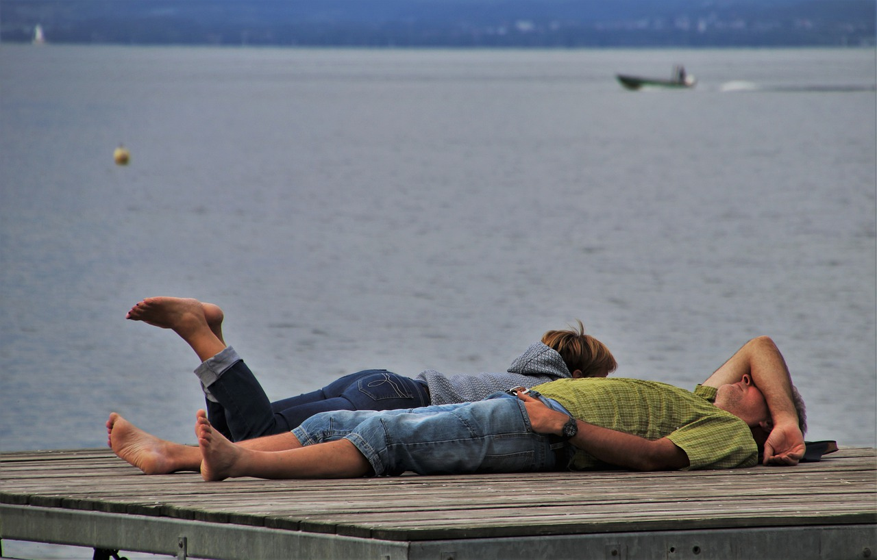 Dlaczego warto zaplanować urlop nad jeziorem?